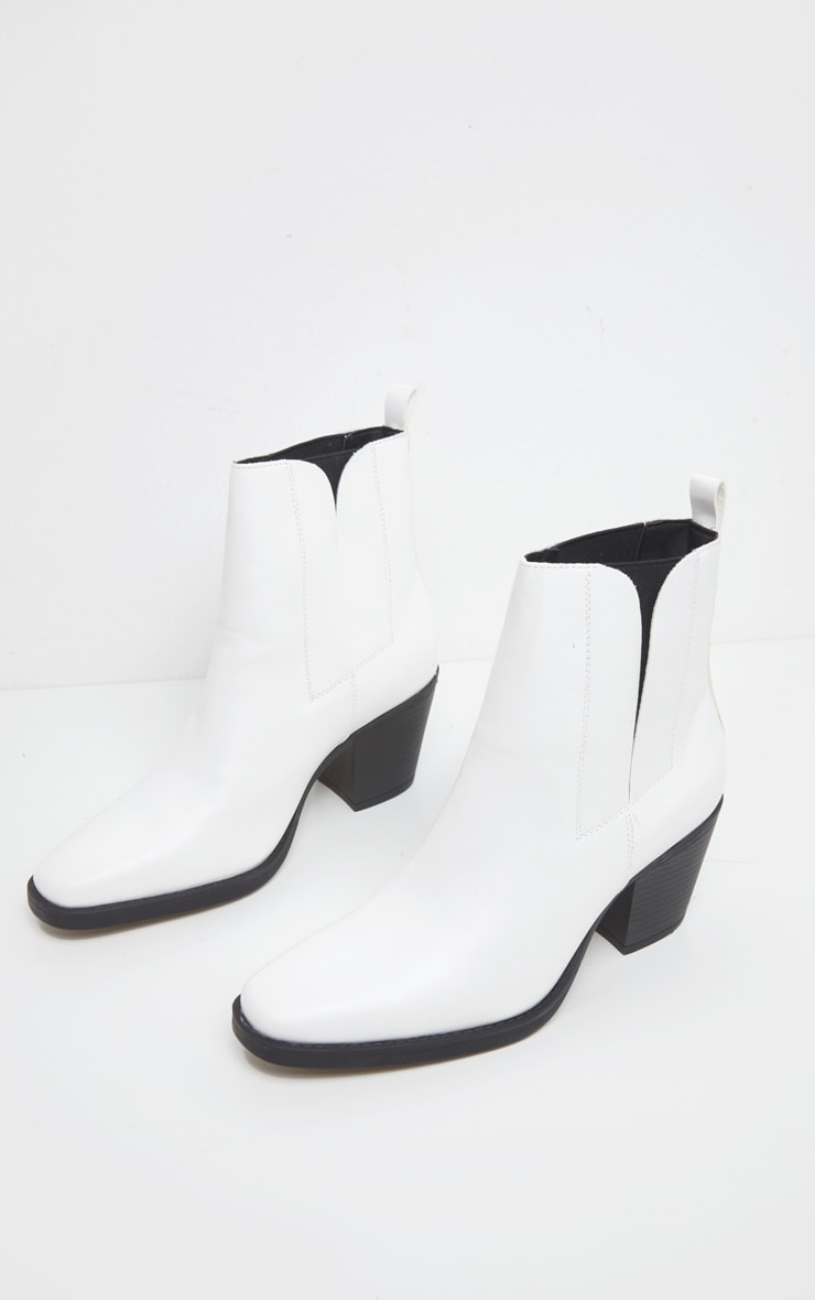 Bottines au style western blanches 3