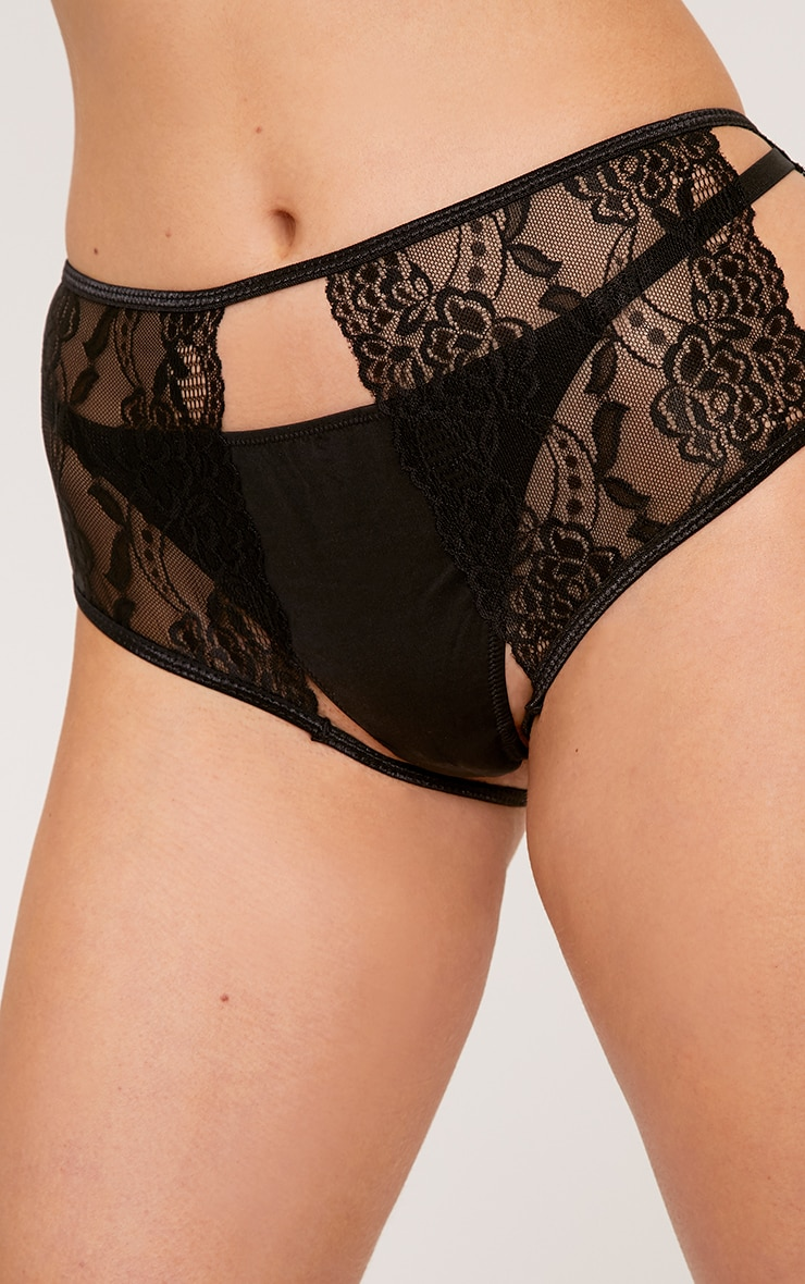 Prue Black Lace Crotchless Knickers 4