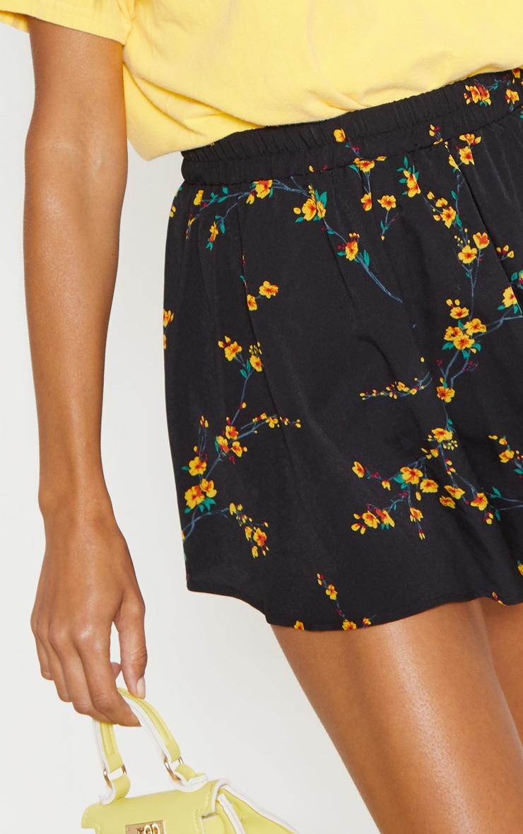 Black Ditsy Floral Floaty Short 6