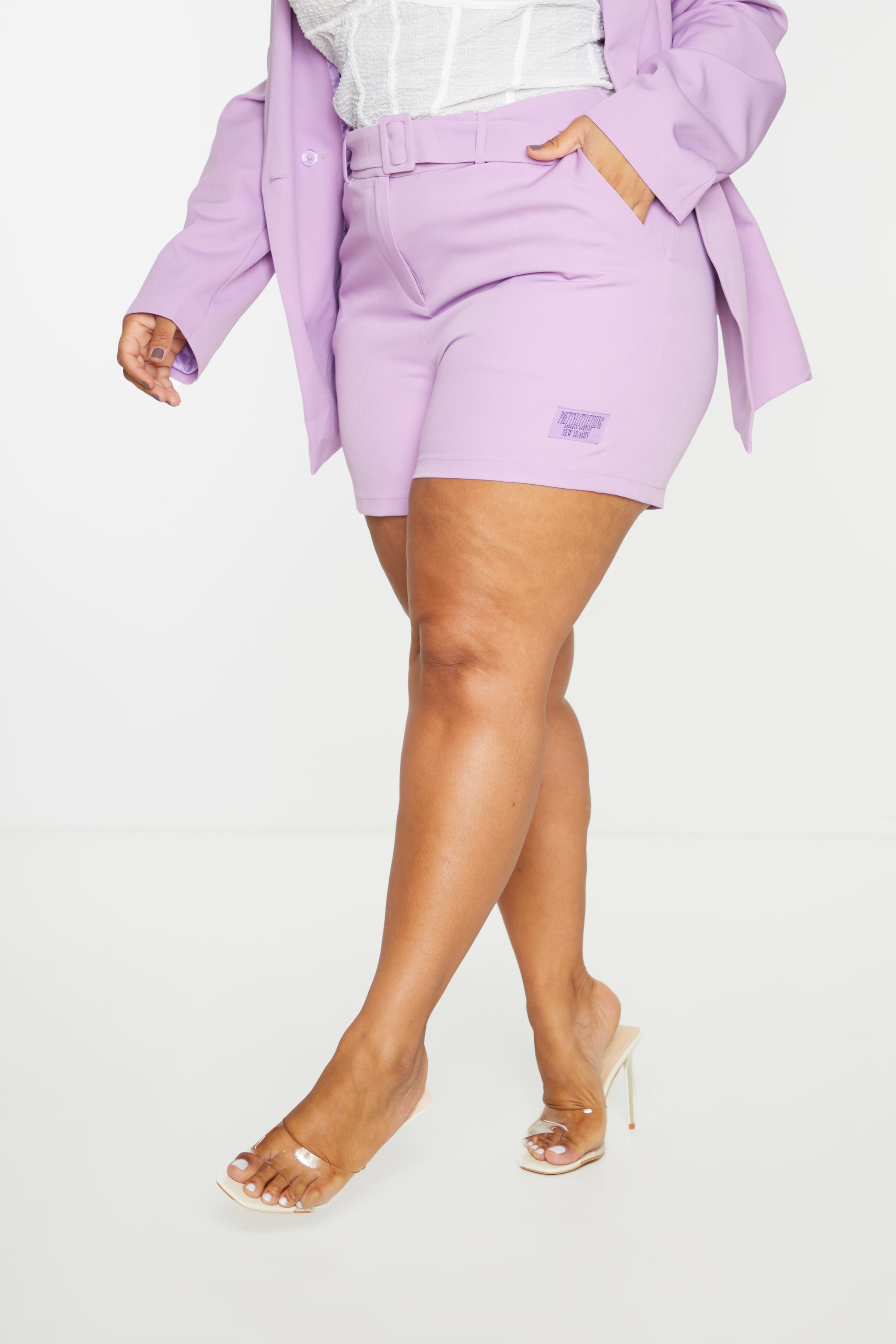 PRETTYLITTLETHING Plus Lilac Self Belt Tailored Shorts 2