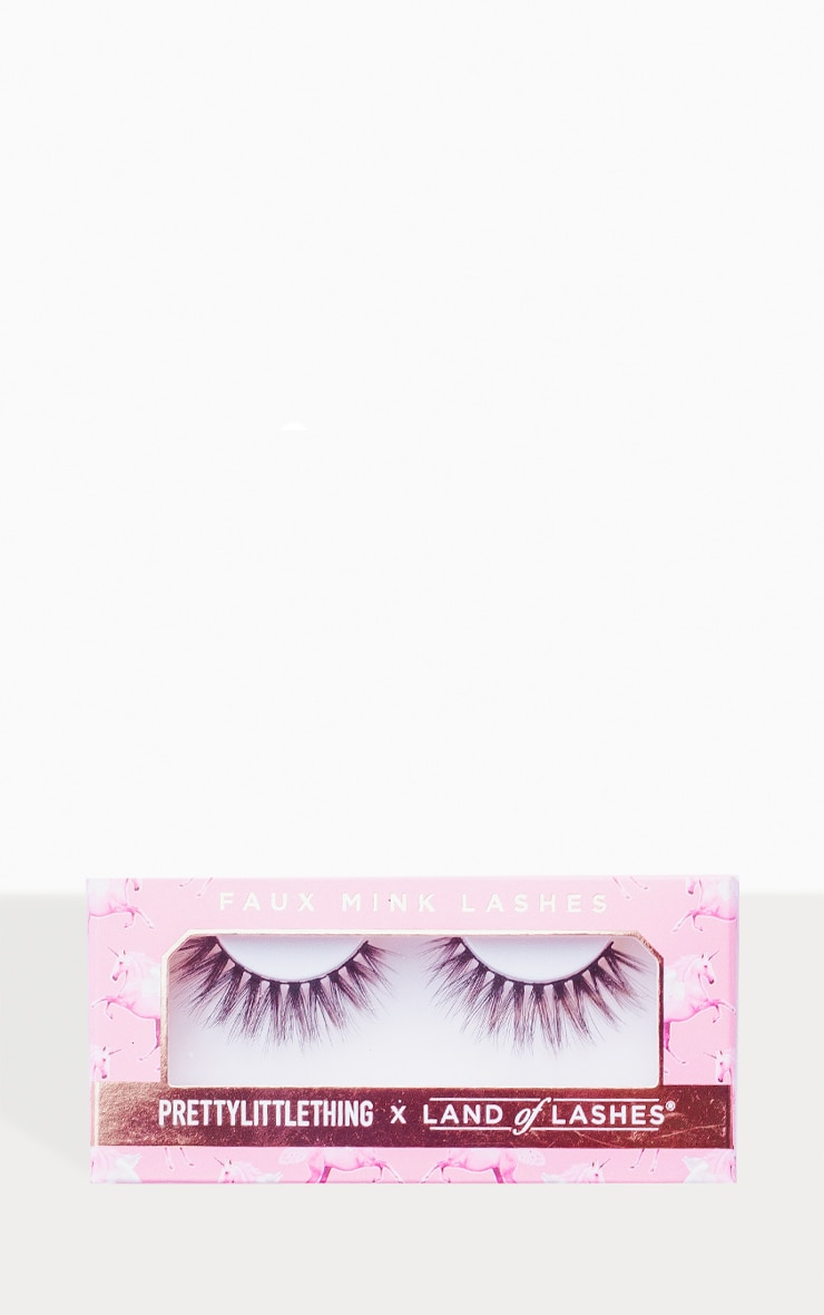 PRETTYLITTLETHING X Land of Lashes Ivy 2