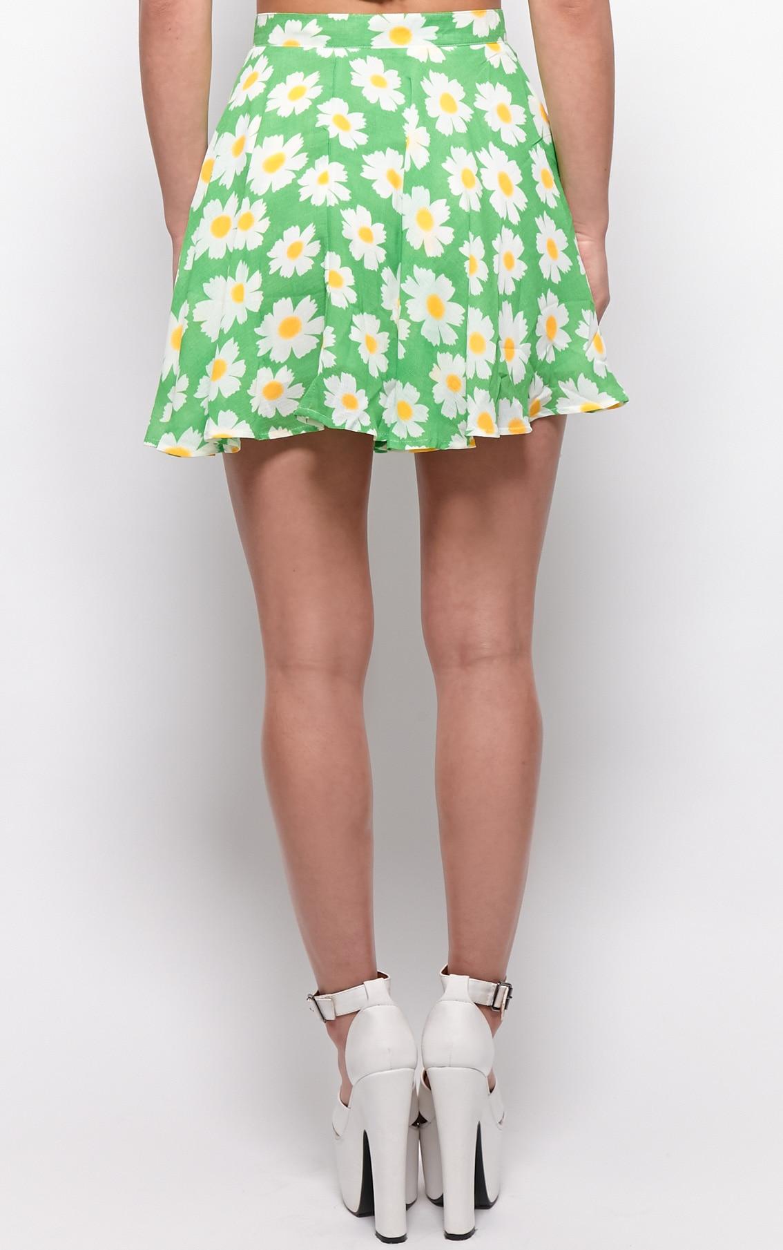 Tatum Green Daisy Print Swing Skirt 2