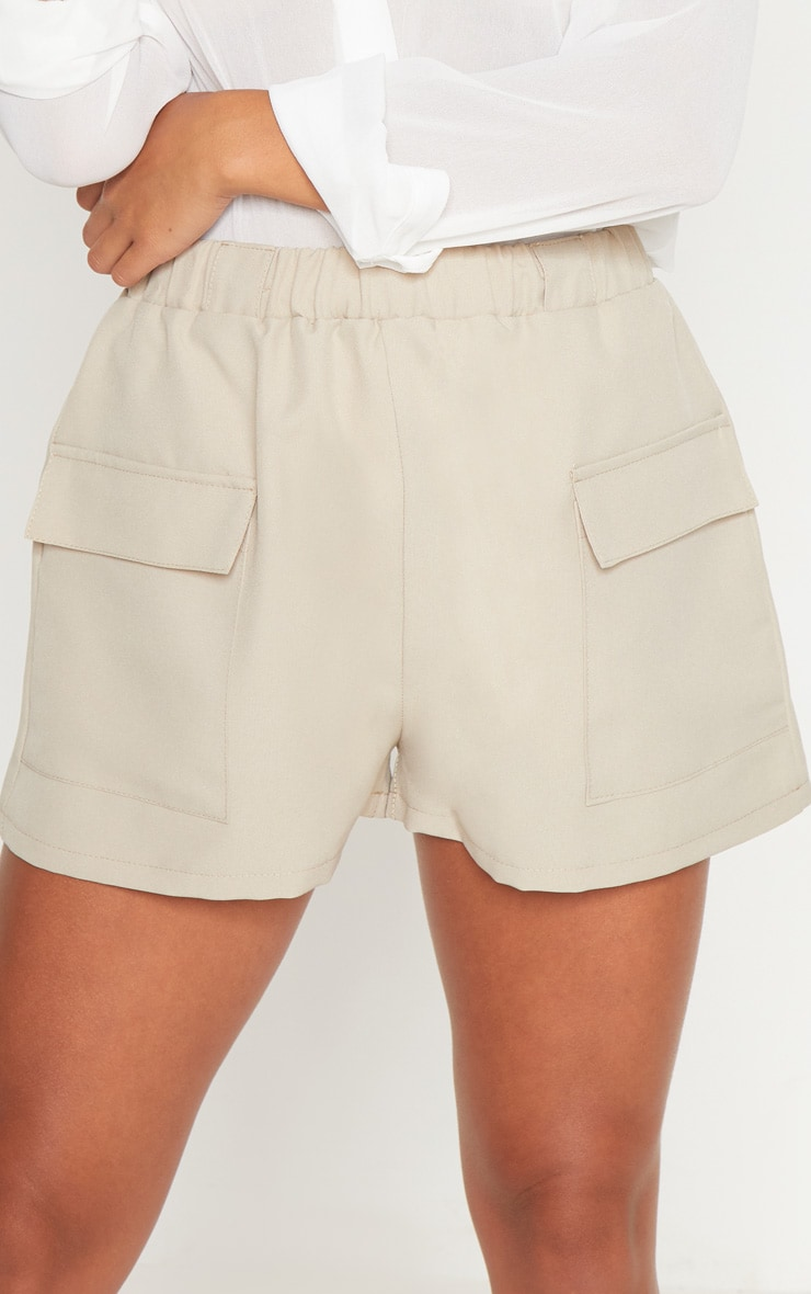 Petite Stone Pocket Detail Cargo Shorts 6