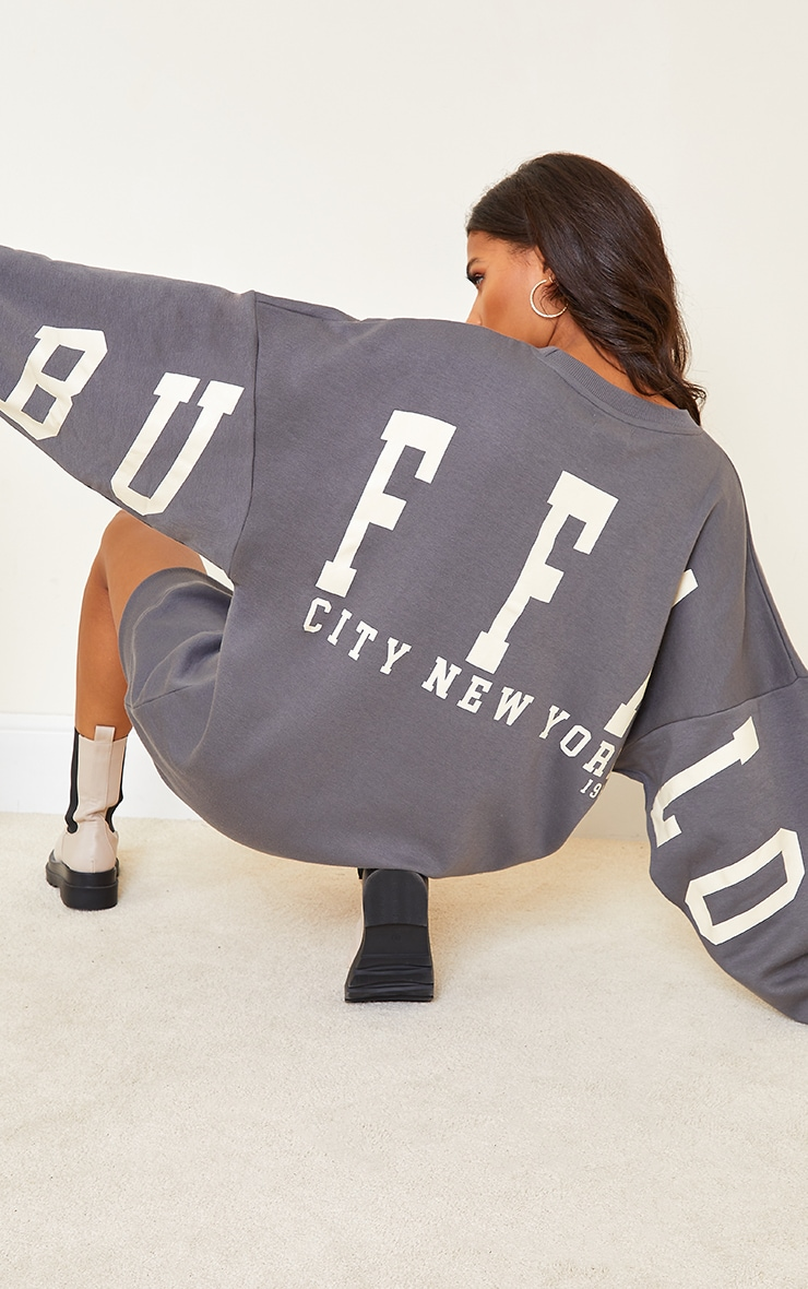 Robe sweat gris anthracite à slogan Buffalo New York 4