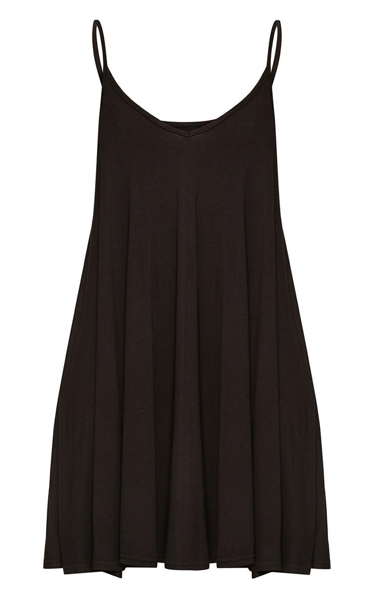 Robe trapèze noire à bretelles 3