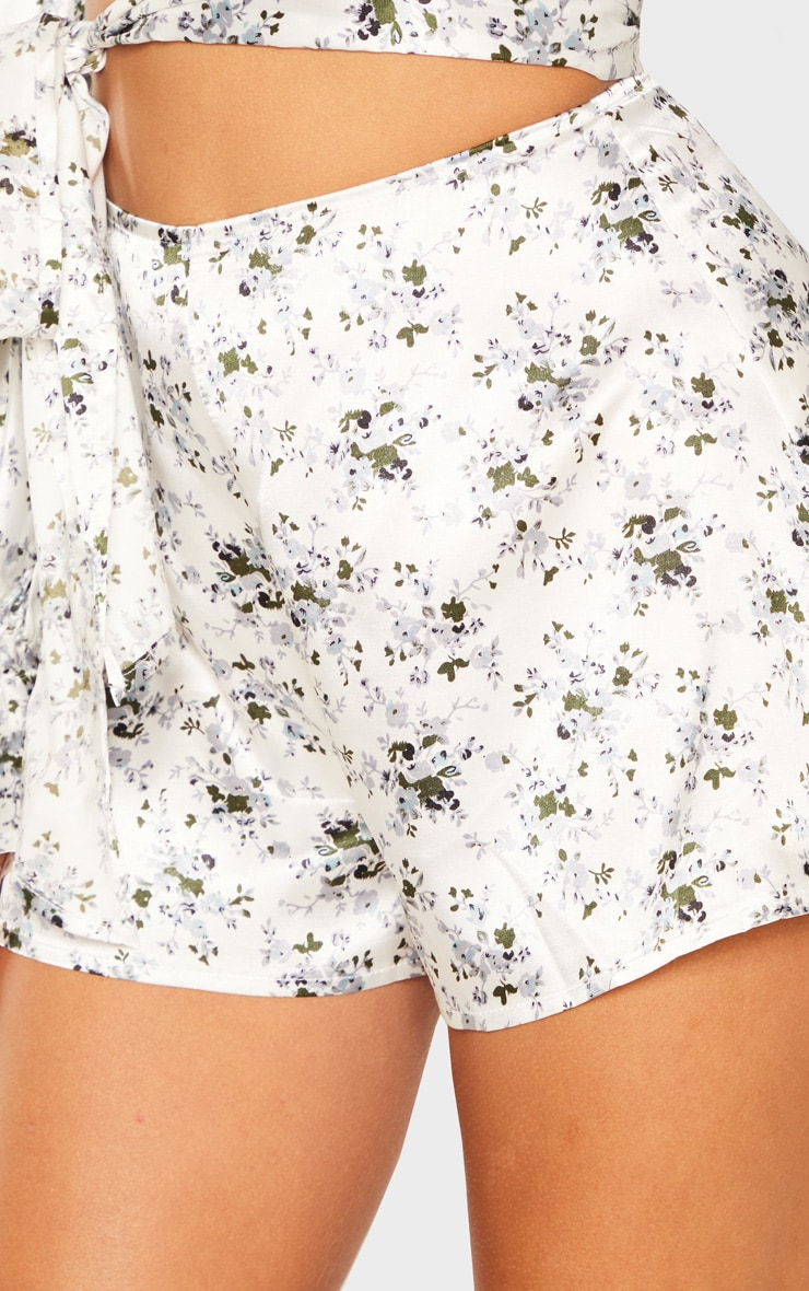 White Ditsy Floral Print Floaty Shorts 6