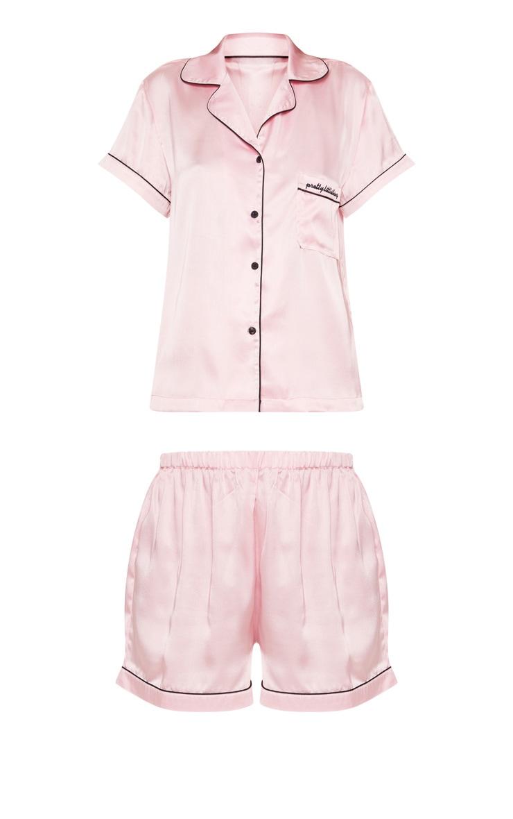 PRETTYLITTLETHING - Ensemble de pyjama rose satiné à poche frontale  3