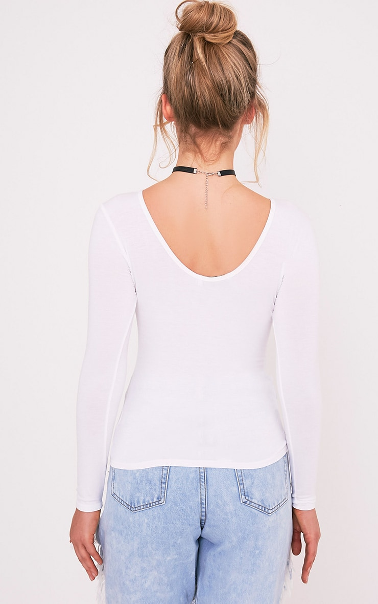 Basic White Scoop Neck Longsleeve Top 2