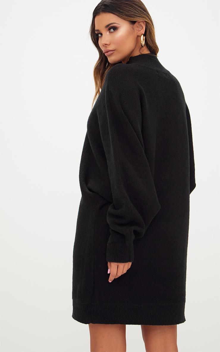 Robe pull oversized noire 2