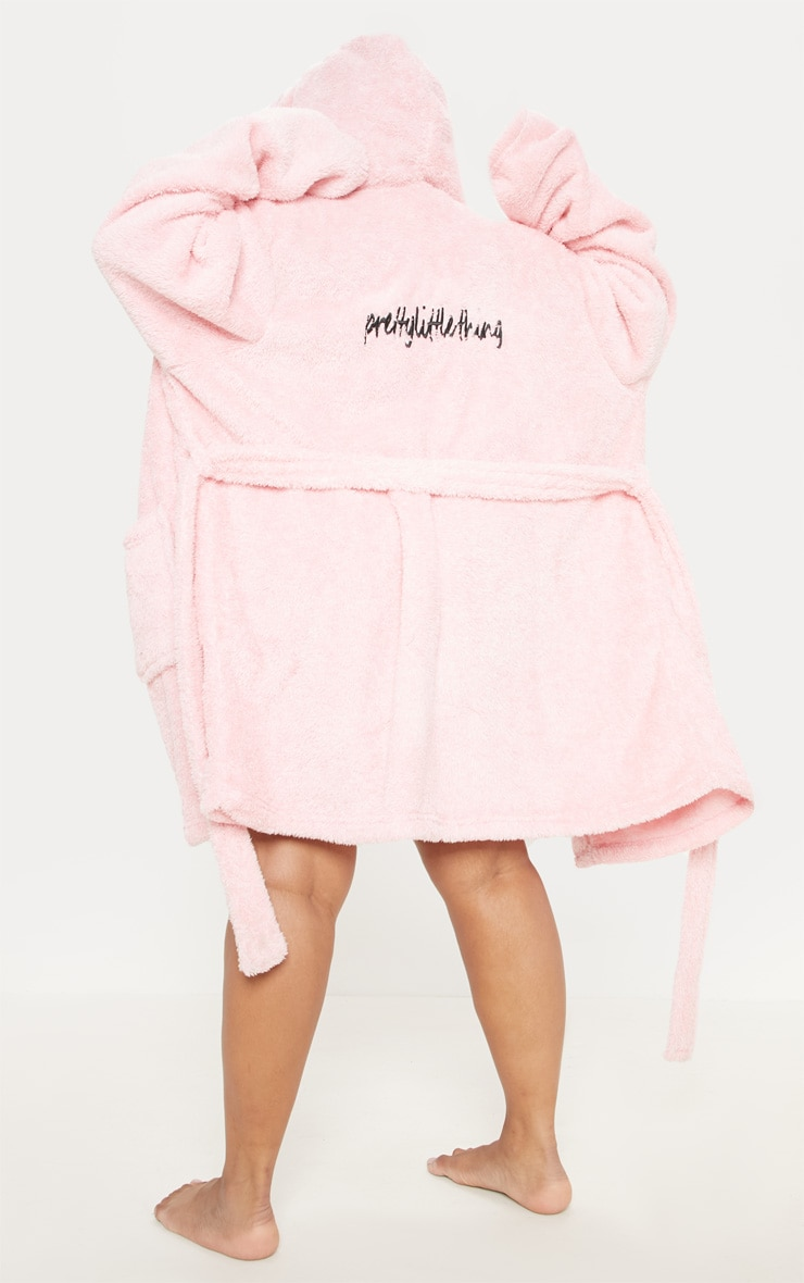 PRETTYLITTLETHING Plus Pink Fluffy Dressing Gown 2