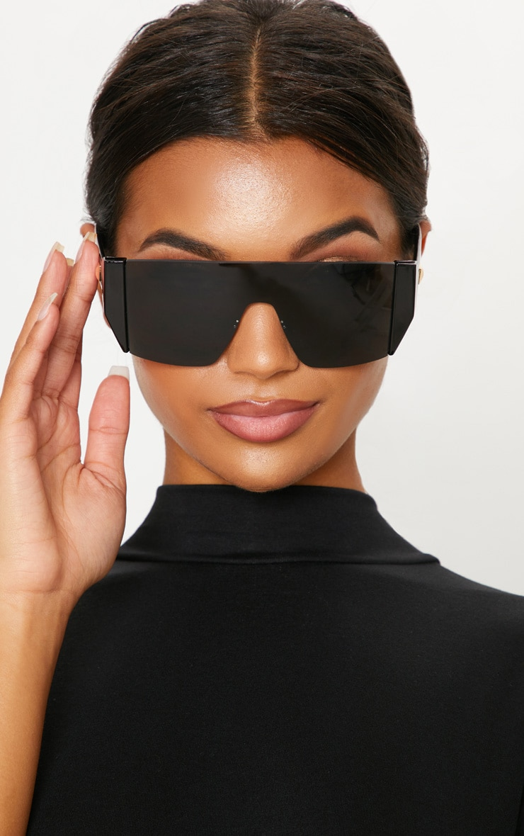 Black Flat Top Statement Sunglasses 1