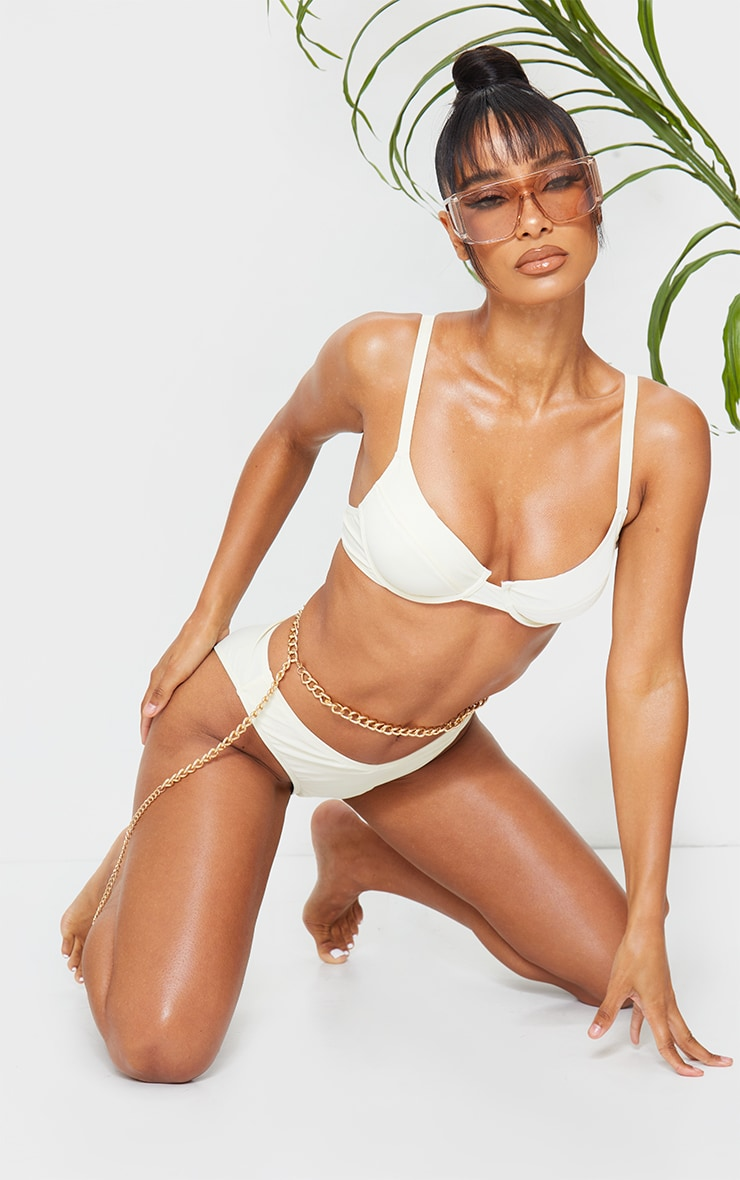 Cream Bow Back Underwired Bikini Top 3