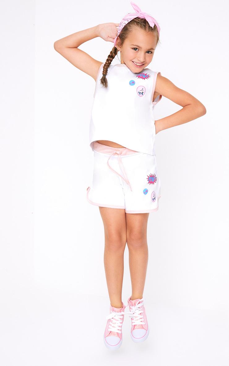 Badge Print Tie Waist White Shorts 1