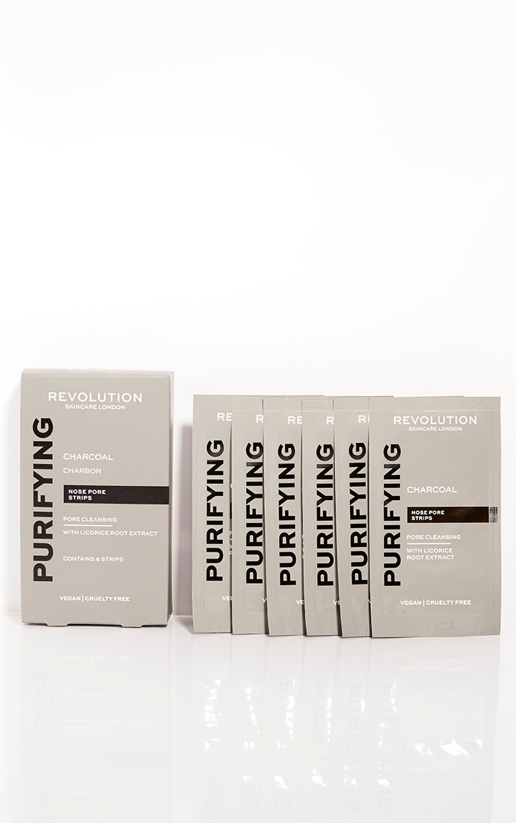 Revolution Skincare Pore Cleansing Charcoal Nose Strips 1