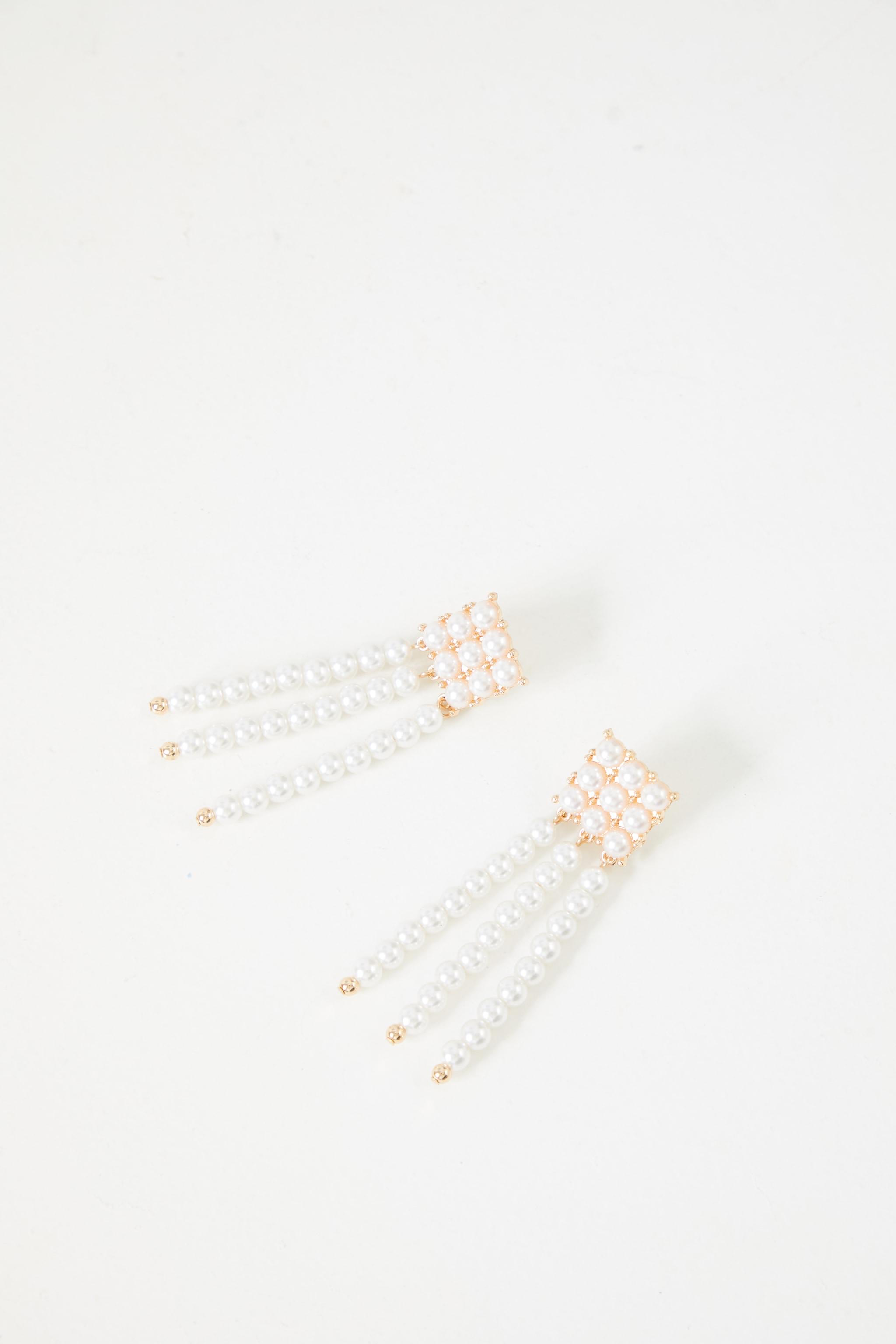 White Pearl Square Tassle Earrings 3