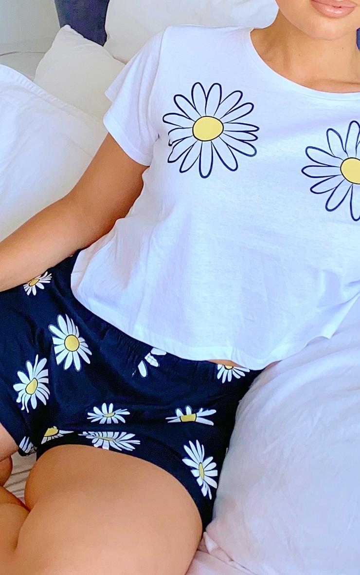 White Daisy Printed Short PJ Set 3