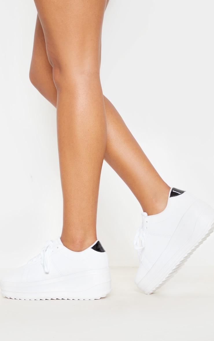 White Chunky Sole Flatform Sneaker 2
