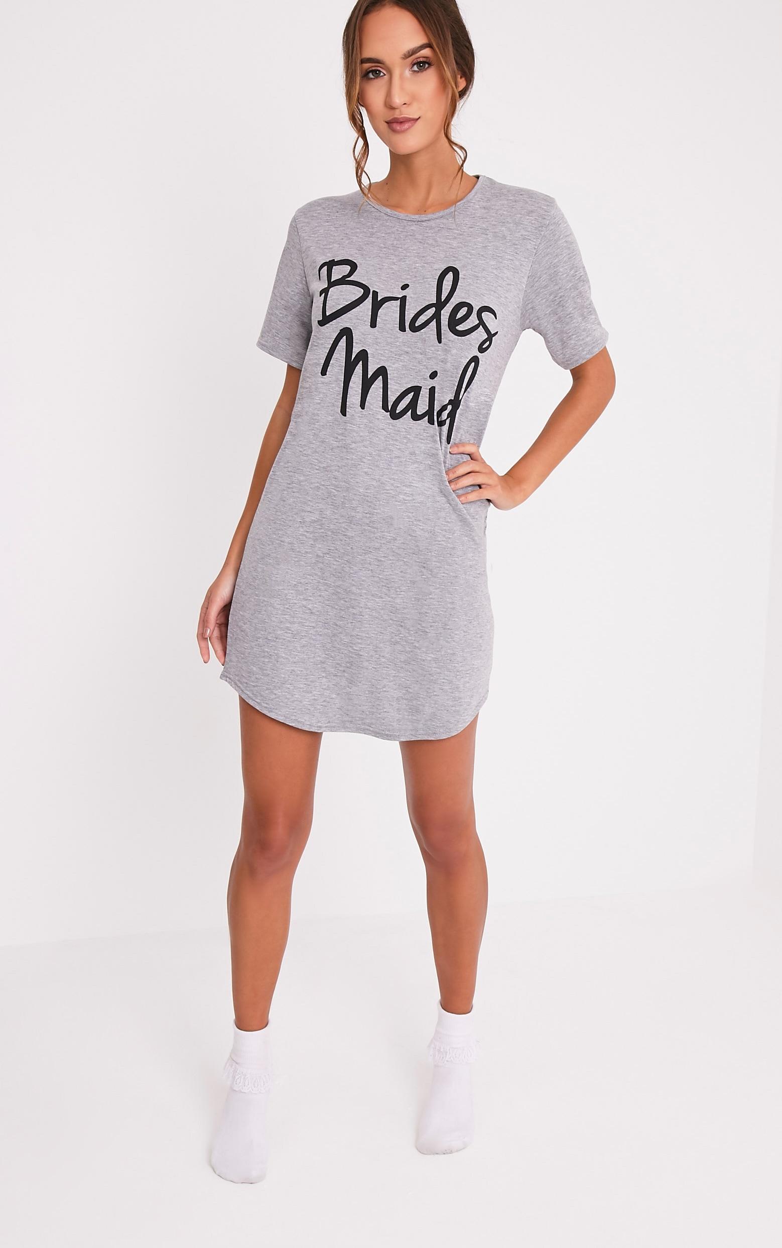 Chemise de nuit surdimensionnée grise à slogan Bridesmaid. 5