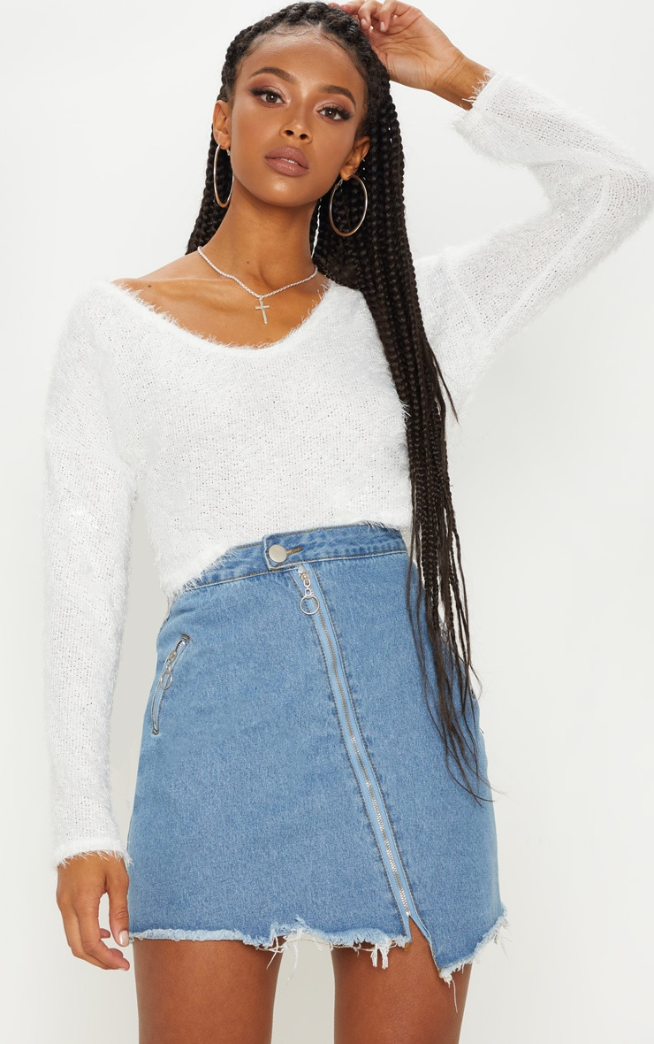 Cream Cropped Oversized Eyelash Jumper