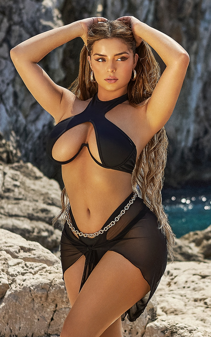 Shape Black High Neck Underwire Detail Bikini Top