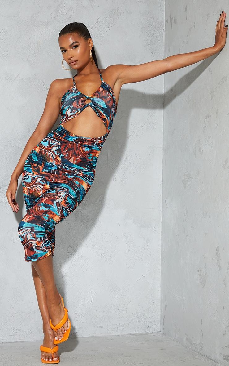 Robe mi-longue dos nu bleue imprimée abstrait moulante à découpe et fronces 1