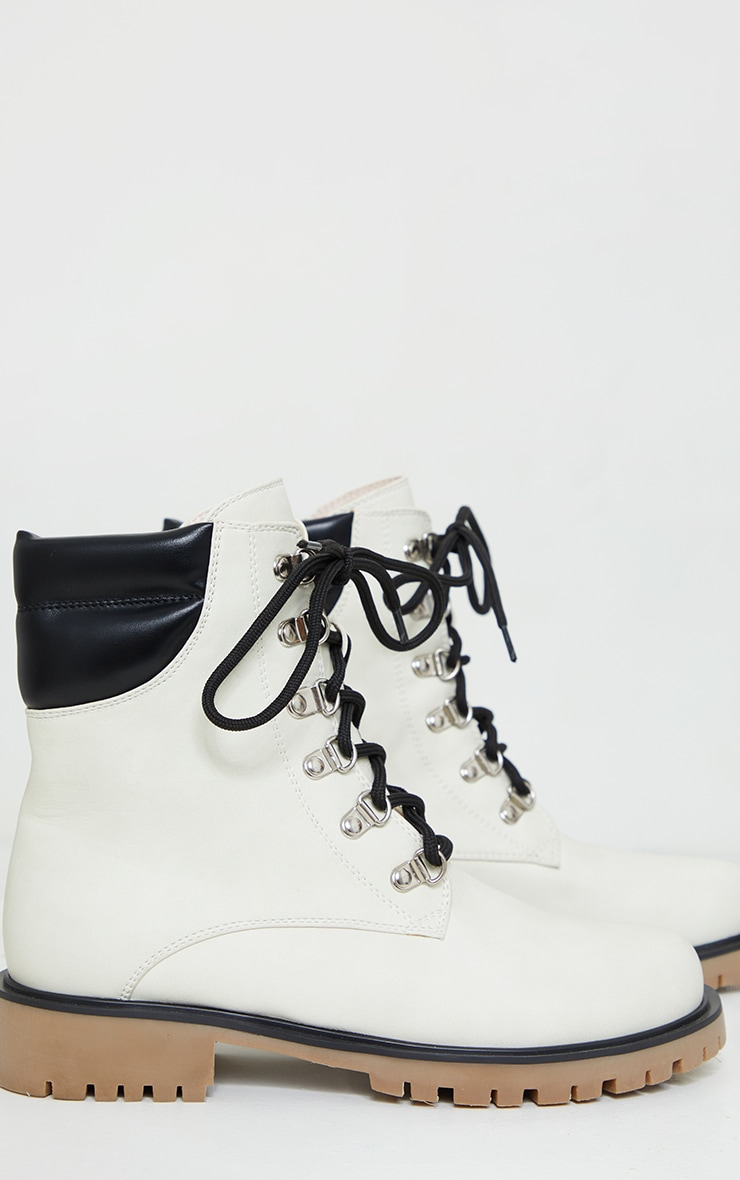 White Suede Contrast Pu Back Eyelet Lace Up Boots 3