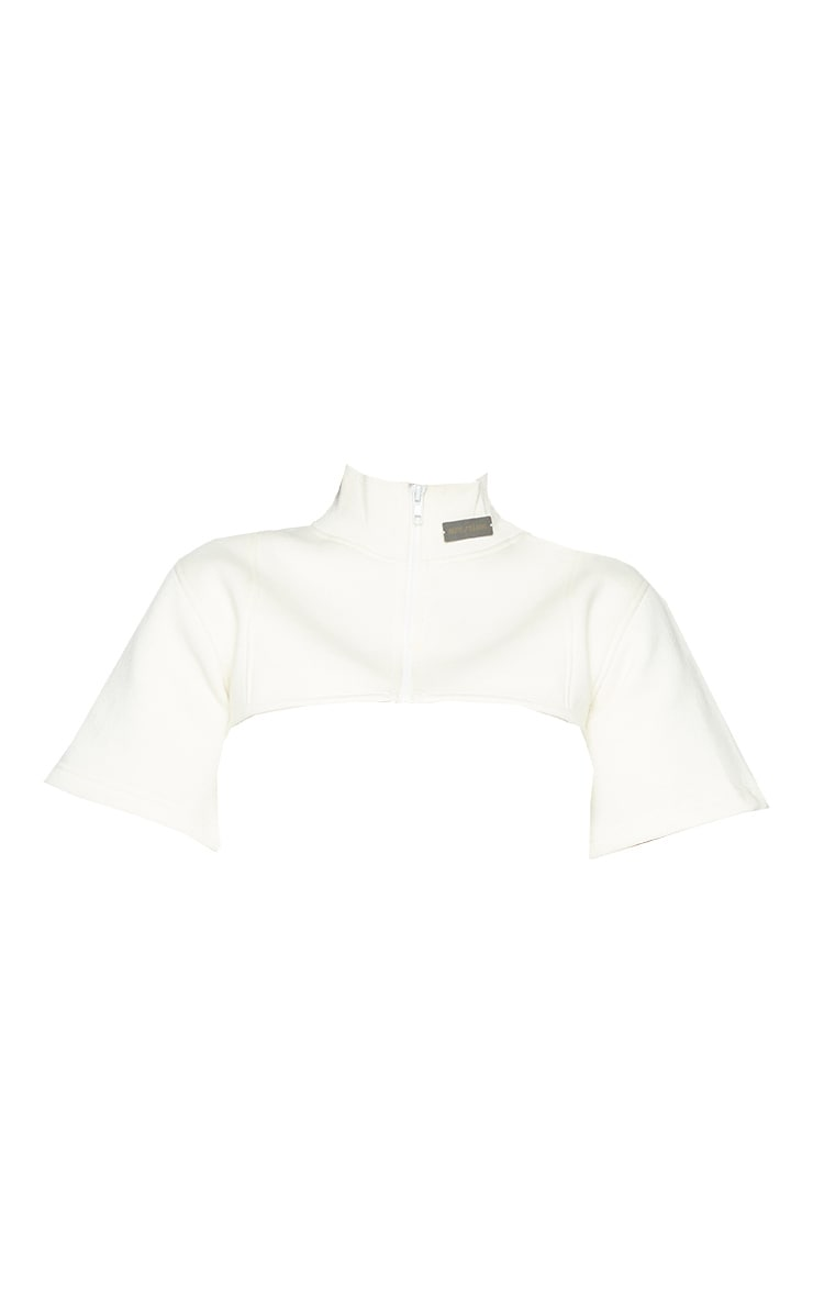 PRETTYLITTLETHING Shape Cream Badge Detail Cropped Sweater 5