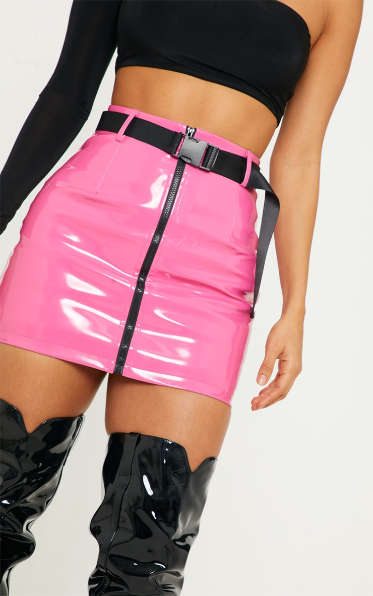 c68a5aa169ed Neon Pink Vinyl Zip Front Belted Skirt   PrettyLittleThing