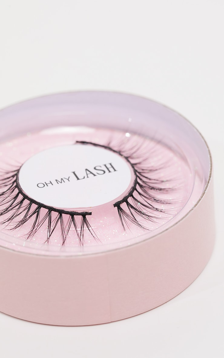 Oh My Lash Faux Mink Lashes Bare 2