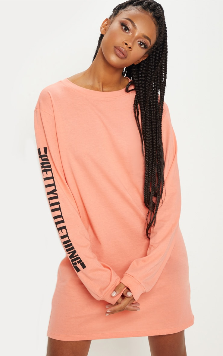 PRETTYLITTLETHING Pale Coral Oversized Long Sleeve T Shirt Dress 4