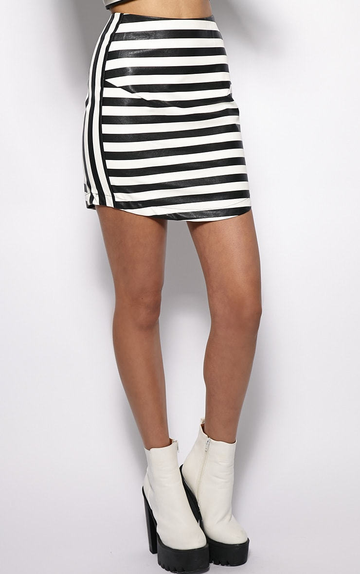 Chelsea Monochrome Leather Curved Hem Skirt  3