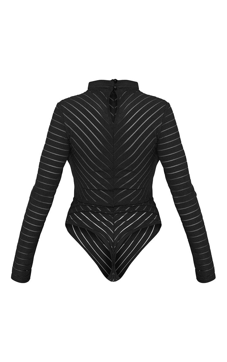 Body-string à chevrons noirs en mesh à manches longues 6
