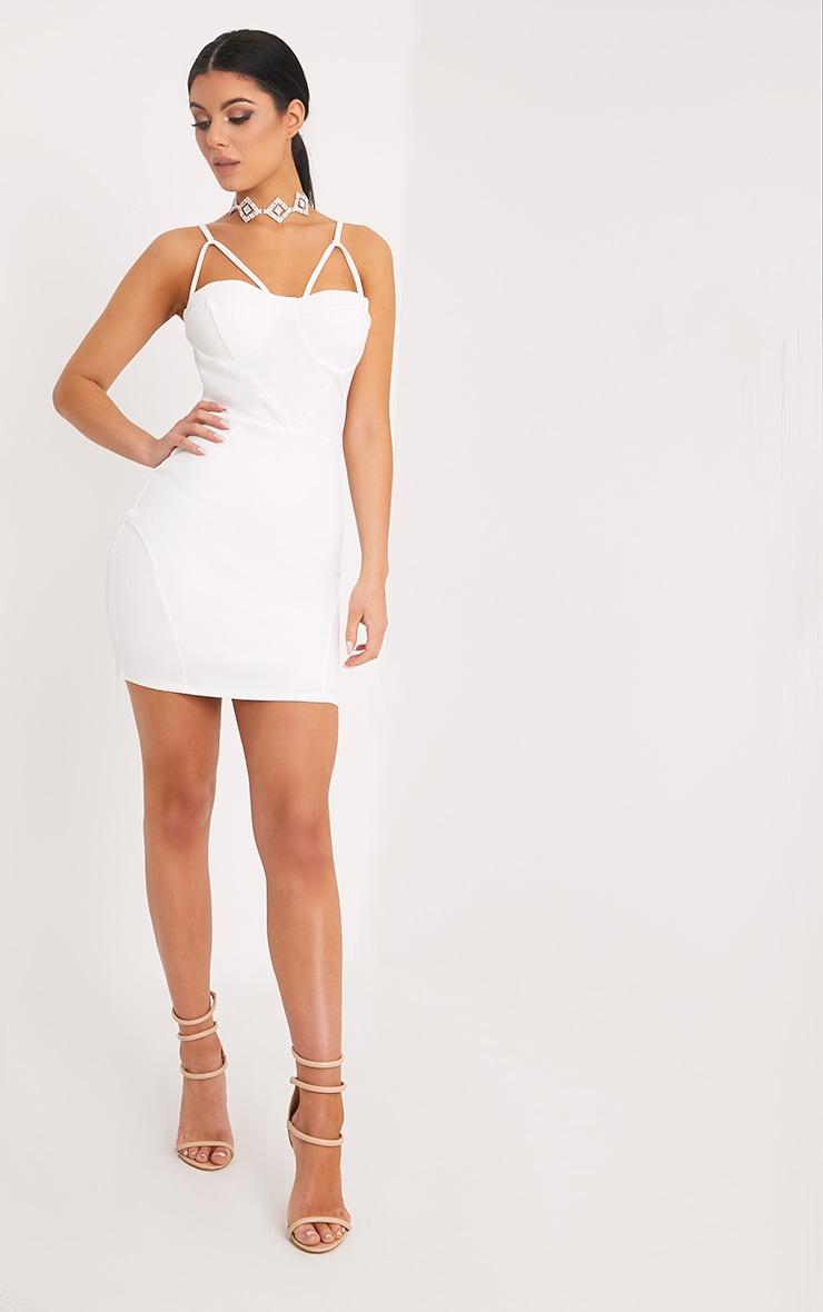 Carrie robe moulante blanche à empiècements en crêpe 4