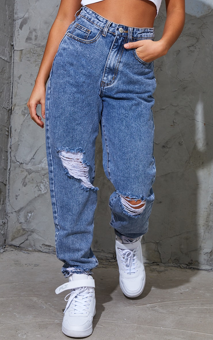 PRETTYLITTLETHING Petite Vintage Wash Extreme Distressed Jeans 2