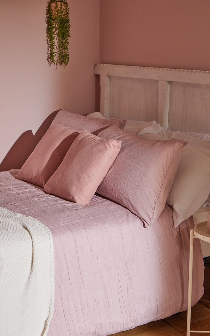 Pink Pleated Double Duvet Set 2