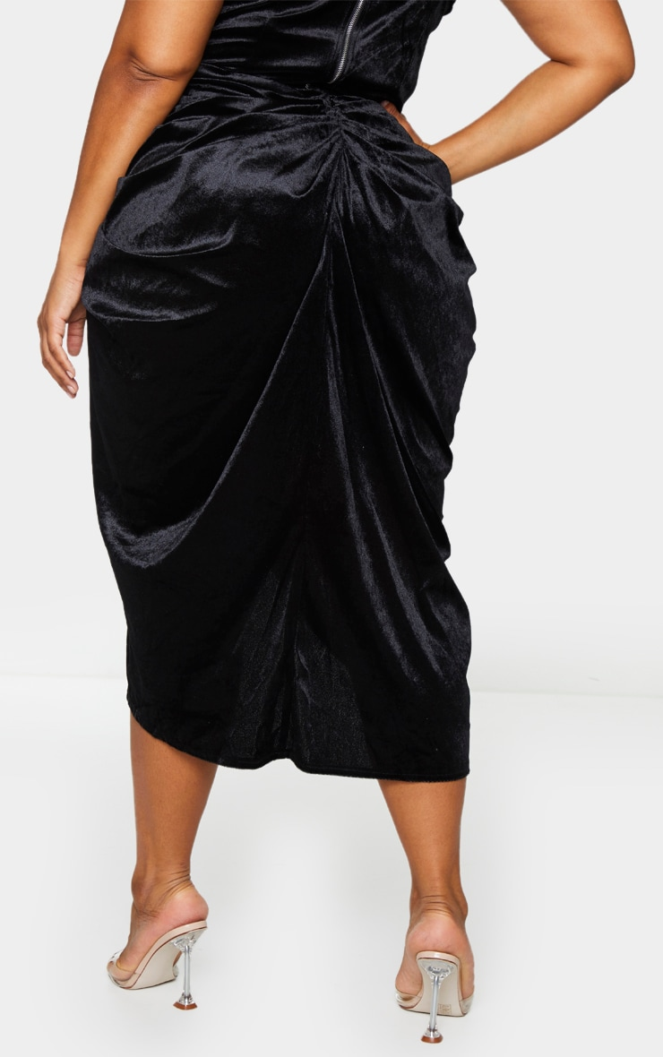 Plus Black Velvet Ruched Side Midi Skirt 3
