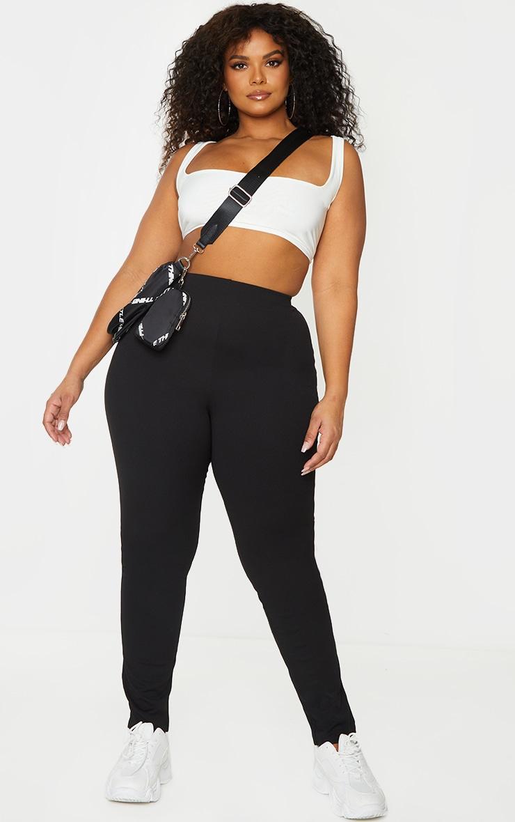 PLT Plus - Pantalon slim en crêpe noir 1