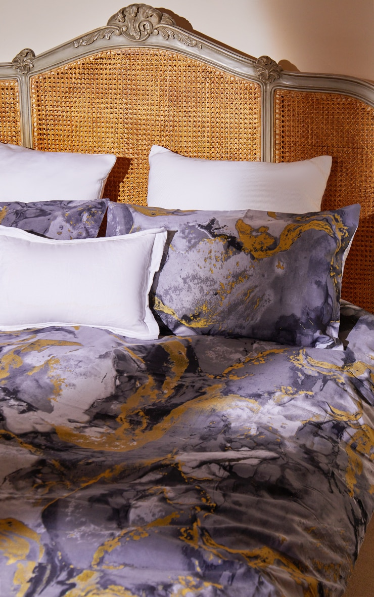 Grey with Gold Marble Print Super King Duvet Set 1