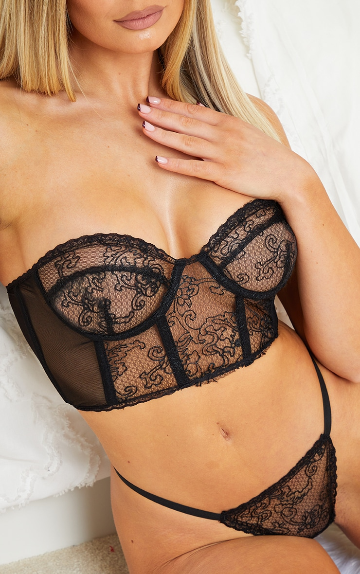 Black Underwired Strapless Embroidered Lace Lingerie Set 4