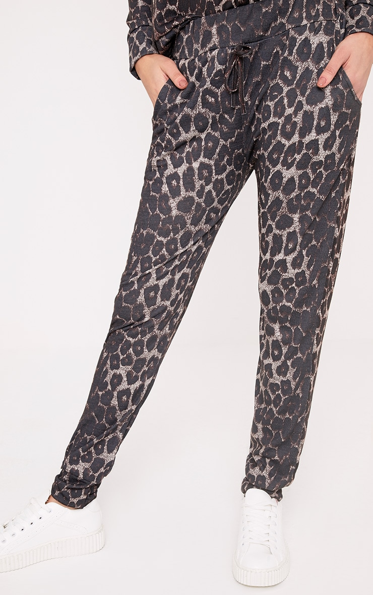 Sofiee Black Leopard Print Joggers 5