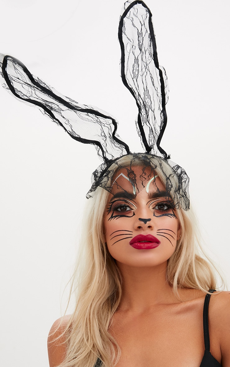 Black Lace Veil Bunny Ears 1