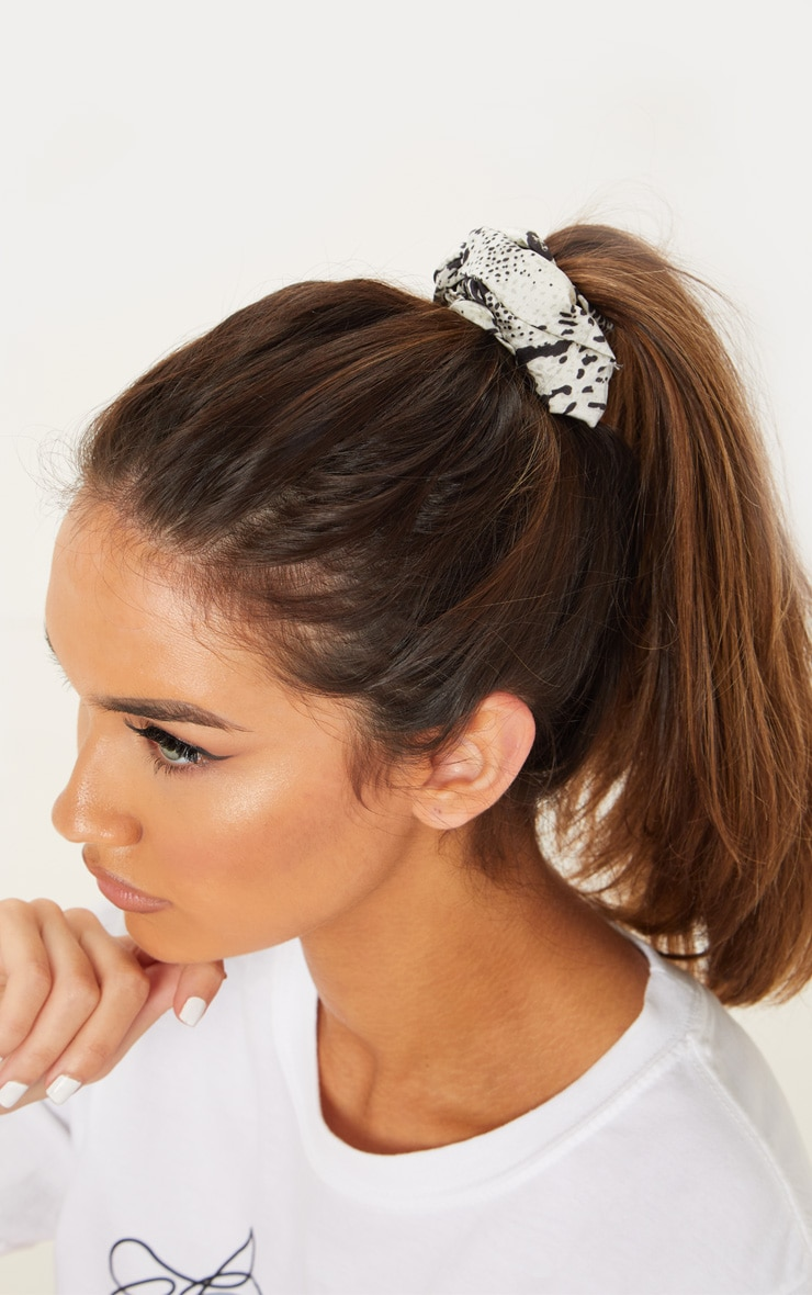 Black Snake And Spotted Scrunchie