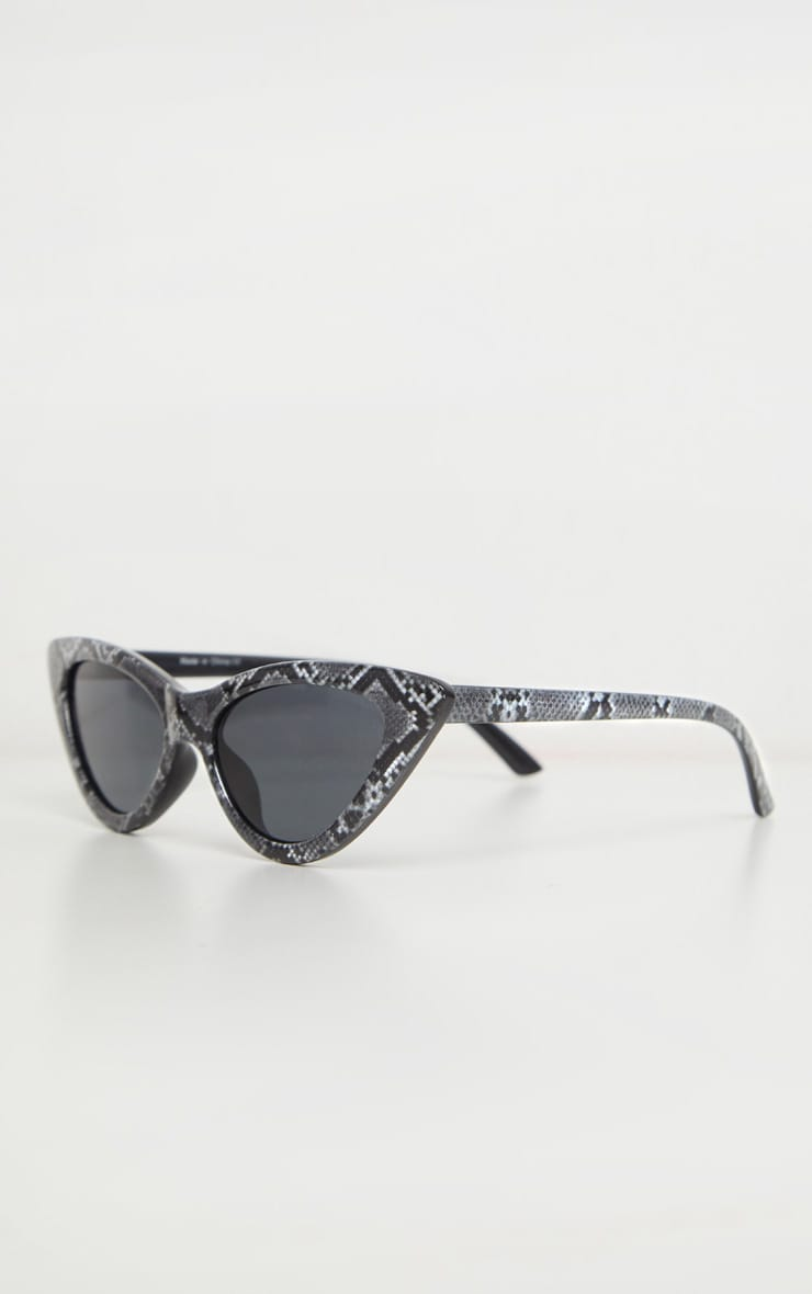 Grey Snake Cat Eye Sunglasses 2