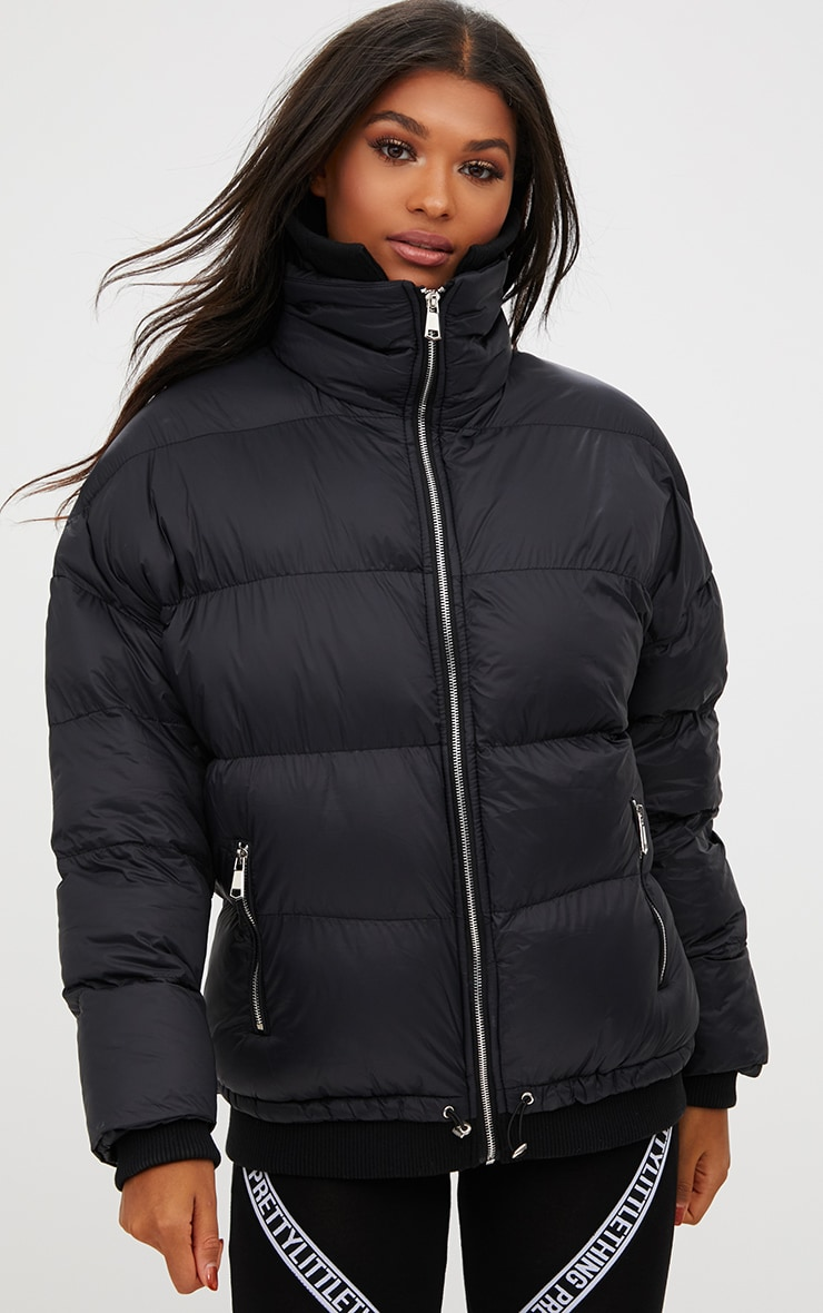 Black Oversized Puffer Jacket with Zip Pockets 6