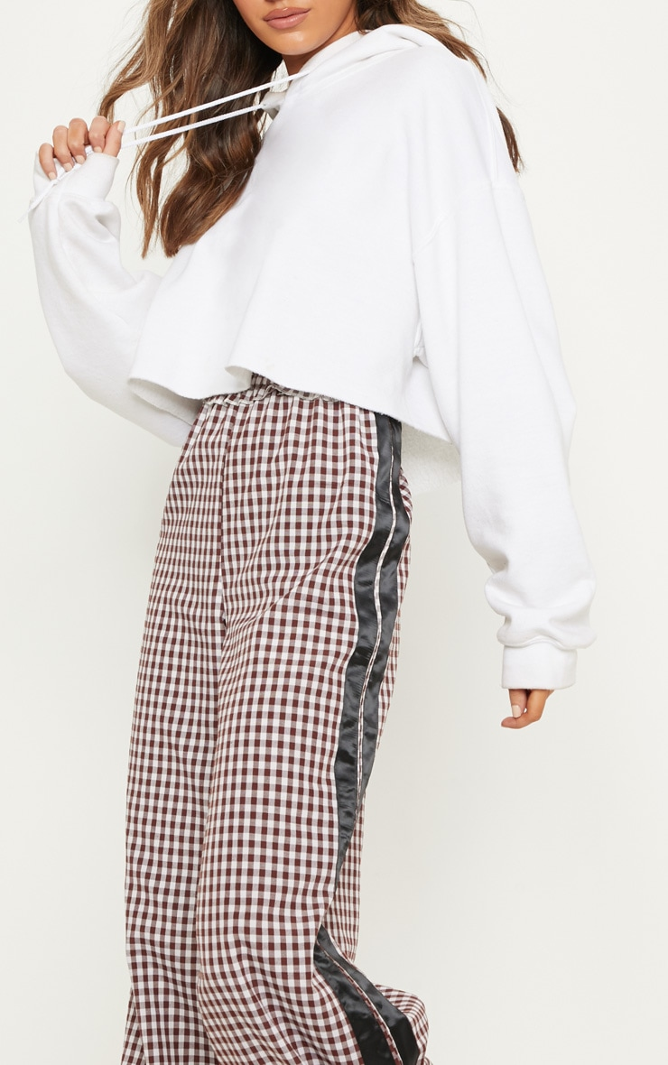 Chocolate Check Contrast Stripe Trouser Prettylittlething