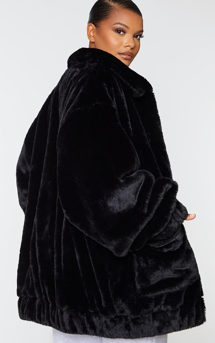 Plus Black Pocket Front Faux Fur Coat 2