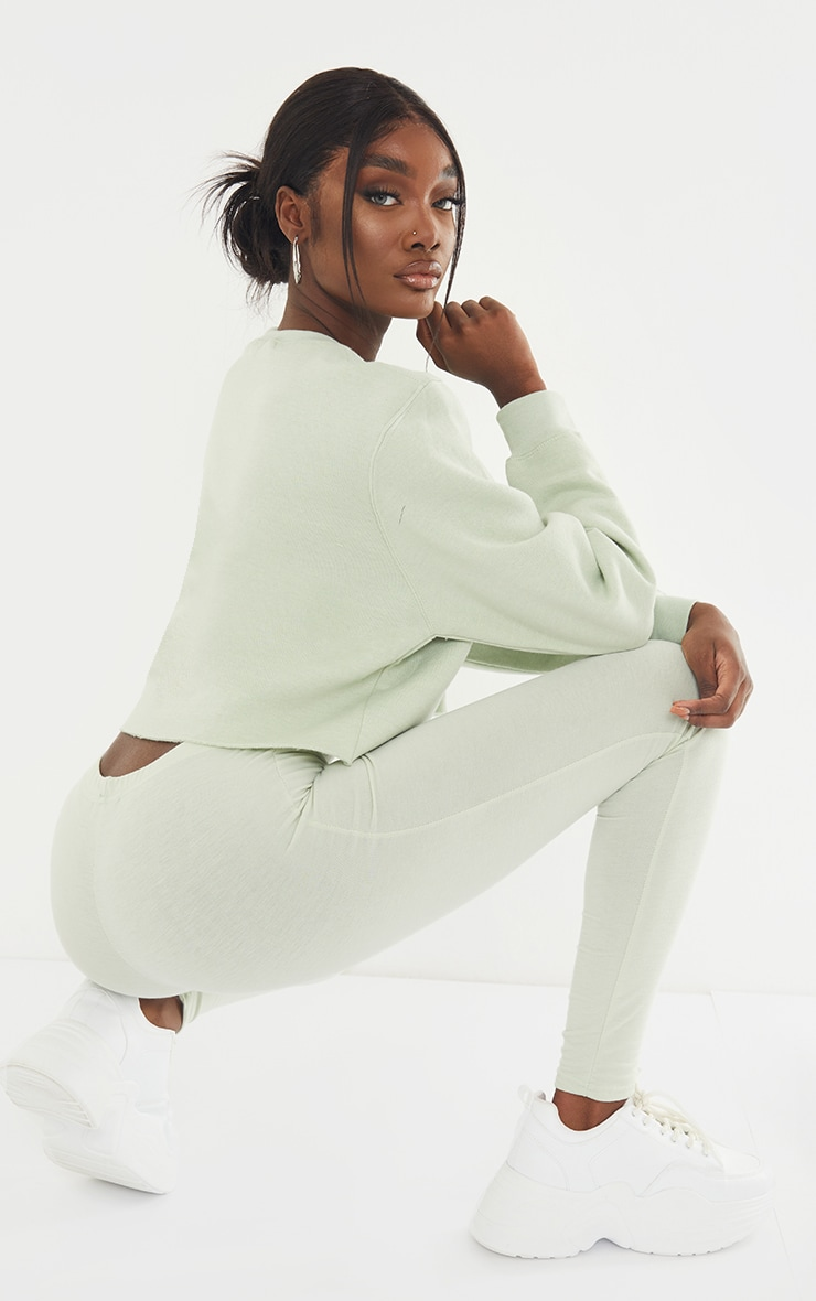 PRETTYLITTLETHING Tall Sage Green Studio Cropped Sweat 2