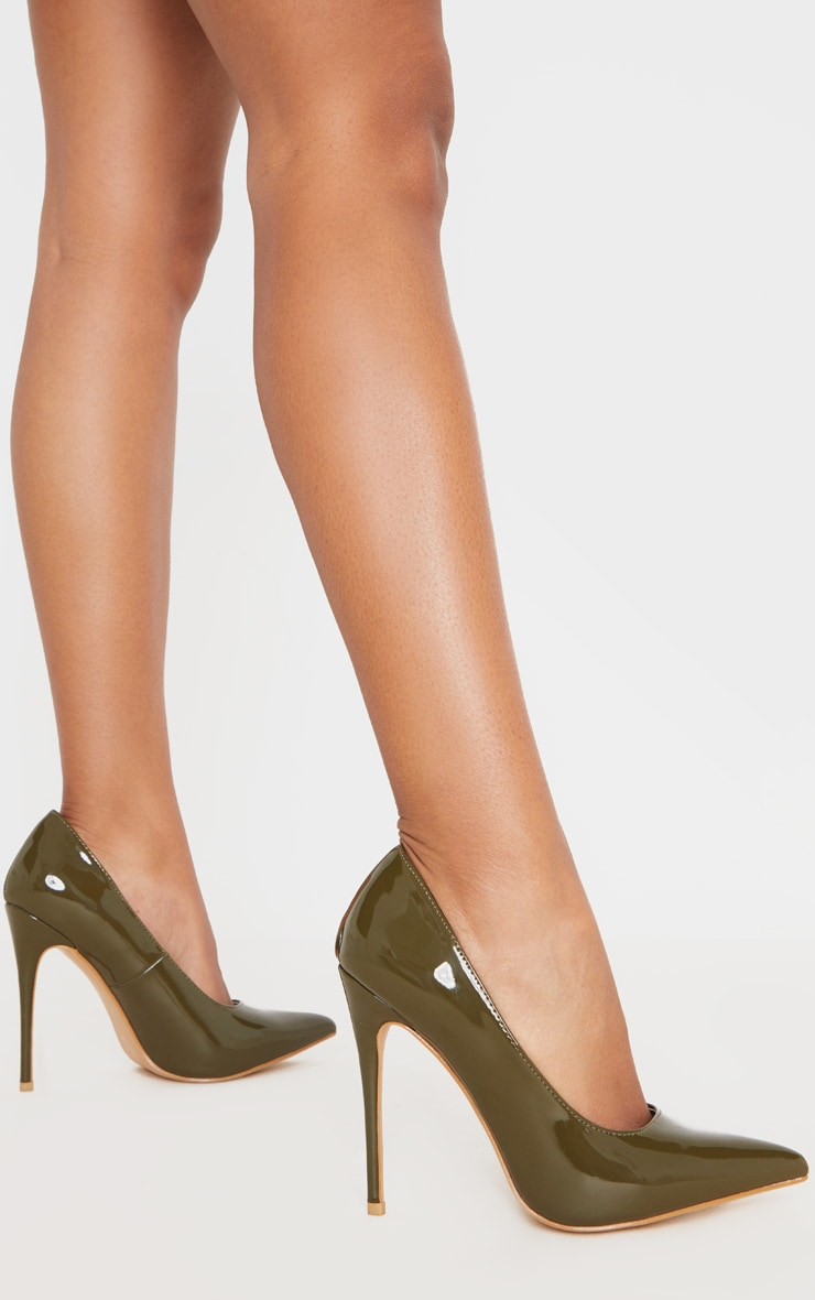 Khaki Court Shoe 2