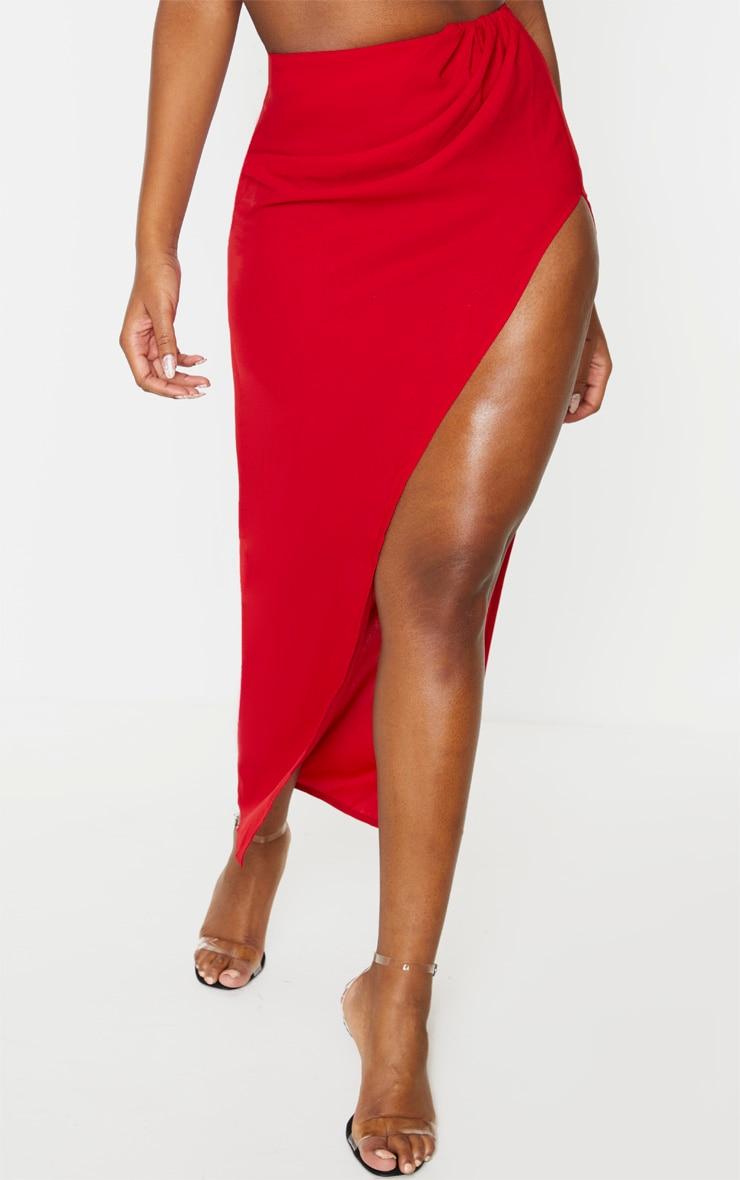 Jupe longue tissée rouge fendue sur le côté 2