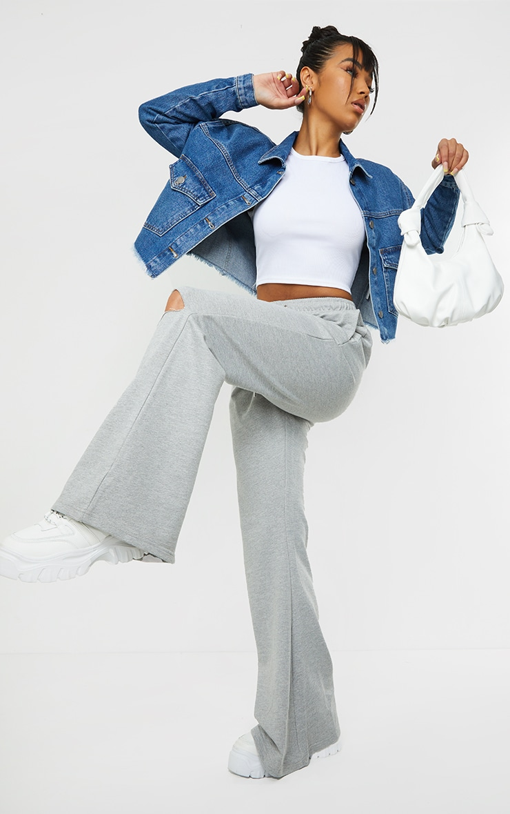 Mid Blue Wash Oversized Cropped Pocket Detail Denim Jacket 3